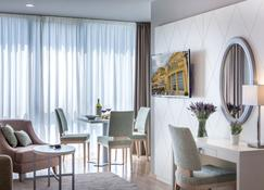 Preelook Apartments And Rooms - Volosko - Sala de estar