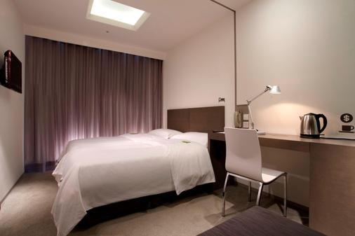 Just Sleep - Lin Sen - Taipei - Bedroom