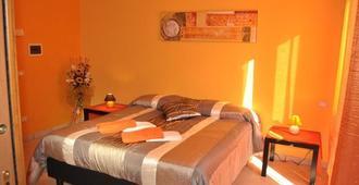 Bed & Breakfast Valeri - Artena - Schlafzimmer