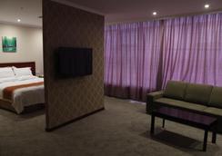 Greentree Inn Shanghai Longwu Road Express Hotel - Shanghai - Bedroom