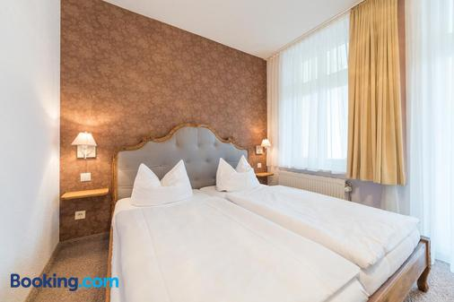 Hotel Villa Waldfrieden - Sellin - Bedroom