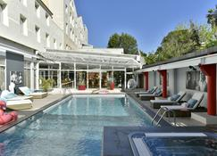 Hôtel Arles Plaza - Arles - Pool