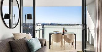 Alcyone Hotel Residences - Brisbane - Balcony