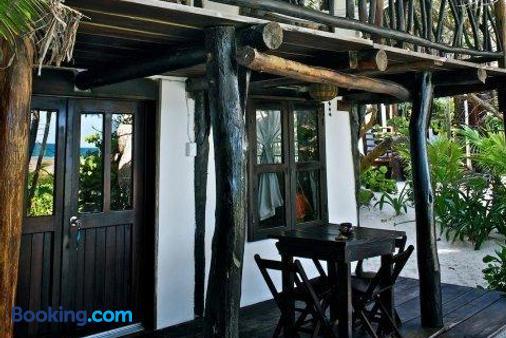 Playa Selva - Tulum - Building