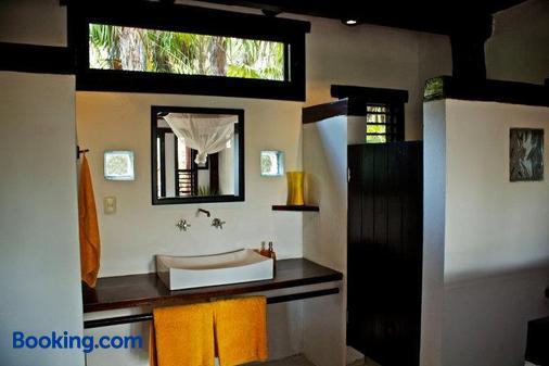 Playa Selva - Tulum - Bathroom