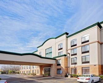 Wingate by Wyndham Arlington Heights - Arlington Heights - Building