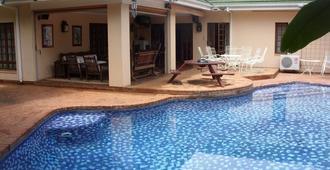 12 Fleetwood Lodge - Harare - Pool