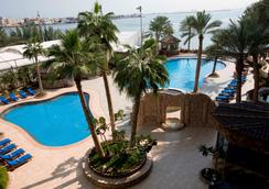Elite Resort & Spa - Manama - Uima-allas