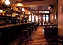 Bricco Suites - Boston - Bar