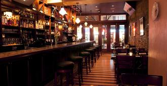 Bricco Suites - Boston - Bar