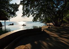The Bay Resort & Restaurant - Koh Phangan