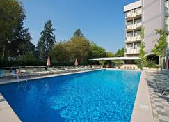 Hotel President Cattolica - Cattolica - Pool