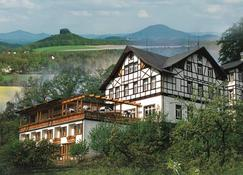 Panoramahotel Wolfsberg - Bad Schandau - Building