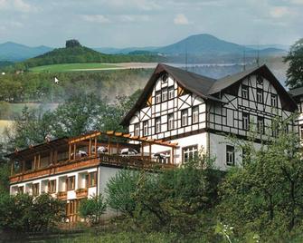 Panoramahotel Wolfsberg - Бад-Шандау - Здание