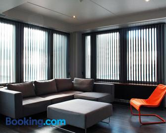 Apartment in Jakobstad / Pietarsaari - Pietarsaari - Living room