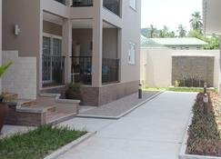 Residence Argine Apartments - Victoria