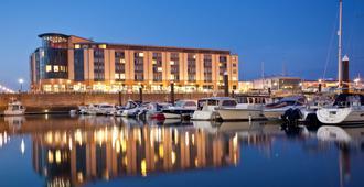 Radisson Blu Waterfront Hotel, Jersey - Saint Helier - Building