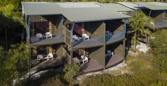 Mercure Kingfisher Bay Resort Fraser Island - Hervey Bay - Building