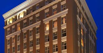 Best Western Plus St. Christopher Hotel - New Orleans - Building