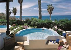 Annabelle - Paphos - Pool