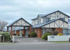 Tudor Lodge Motel - Hawera - Building