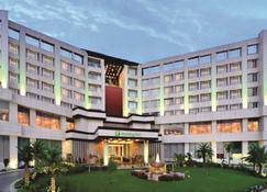 Holiday Inn Chandigarh Panchkula - Panchkula - Κτίριο