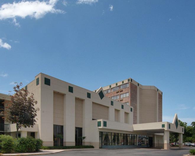 Rodeway Inn Sandston - Sandston - Building