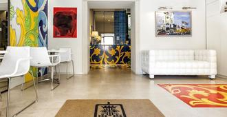 Porta del Tocco Design Rooms - Taormina - Living room