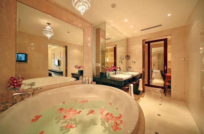 Jinjiang Hotel - Chengdu - Kylpyhuone