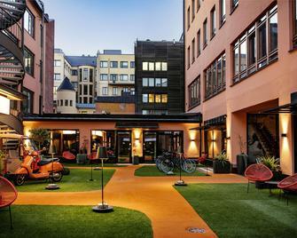 Hotel F6 - Helsinki - Building