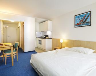 Central Hotel Post - Chur - Bedroom