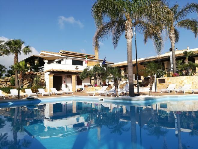 卡羅別墅渡假村 - 馬沙拉 - 馬沙拉 - 游泳池