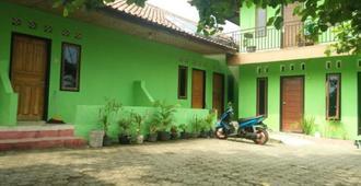 Pondok sundawa - Pangandaran - Vista del exterior