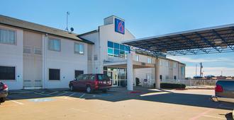 Motel 6 Terrell, TX - Terrell - Edificio