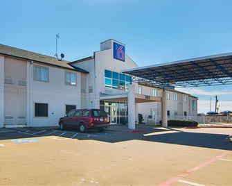 Motel 6 Terrell, TX - Terrell - Gebouw