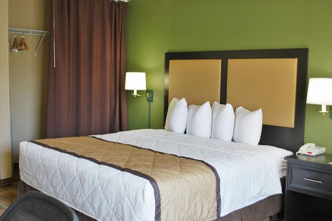 Extended Stay America - Cleveland - Beachwood - Orange Place - North - Beachwood - Bedroom
