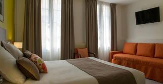 Logis Hôtel Restaurant Chaptal Amboise - Amboise - Bedroom