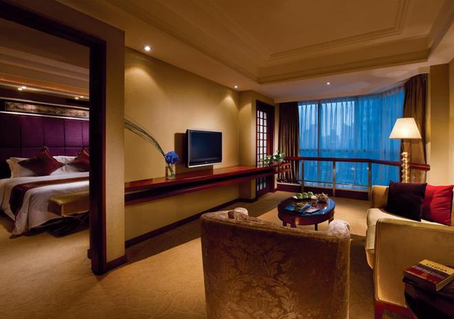 Chengdu Tianfu Sunshine Hotel - Chengdu - Living room