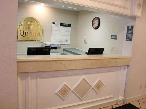 La Quinta Inn by Wyndham Ft. Lauderdale Tamarac East - Fort Lauderdale - Lobby