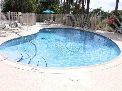 La Quinta Inn by Wyndham Ft. Lauderdale Tamarac East - Fort Lauderdale - Pool