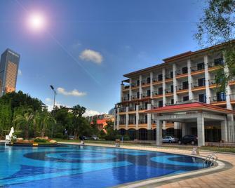 Nantong Wenfeng Hotel - Nantong - Pool