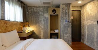 Hualien Wow Hostel - Hualien City - Κρεβατοκάμαρα