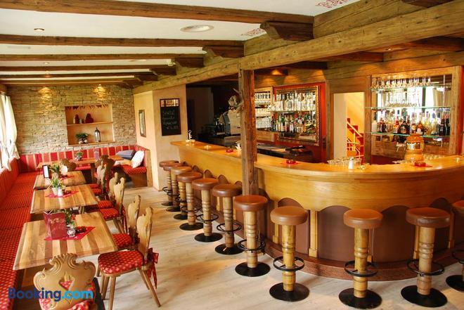 Alpenhotel Regina - Nauders - Bar
