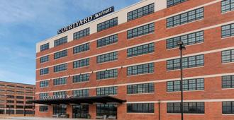 Courtyard by Marriott Waterloo Cedar Falls - Waterloo