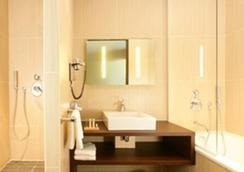 Hotel du Pasino - Valenciennes - Bathroom