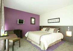 Hotel du Pasino - Valenciennes - Bedroom