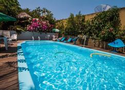 Hotel Borari - Alter do Chão - Pool