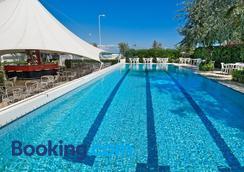 Hotel Mareblu - Senigallia - Pool