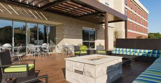 Home2 Suites by Hilton Charlotte I-77 South, NC - שרלוט - פטיו