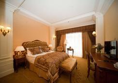 Nobilis Hotel - Lviv - Makuuhuone